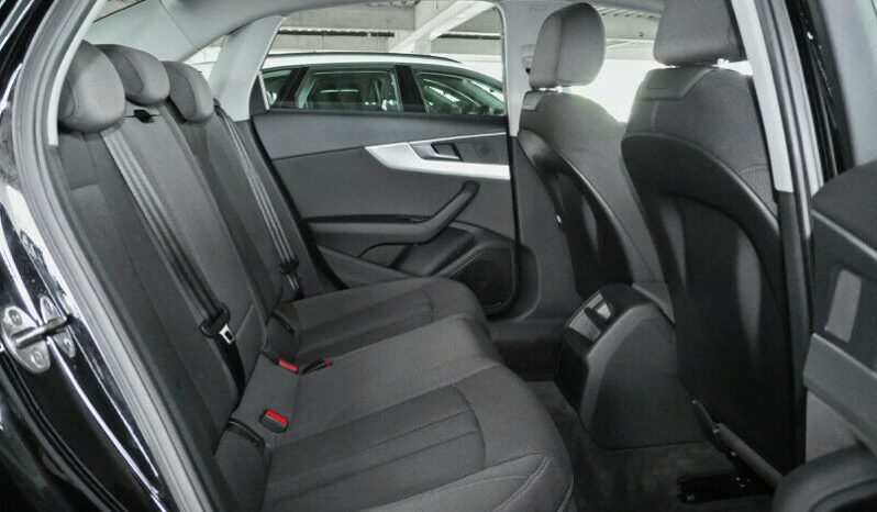 Second-hand Audi A4 2016 full